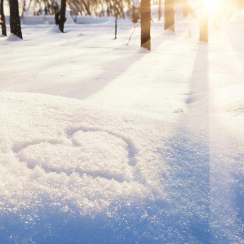 Winter Wedding snow heart